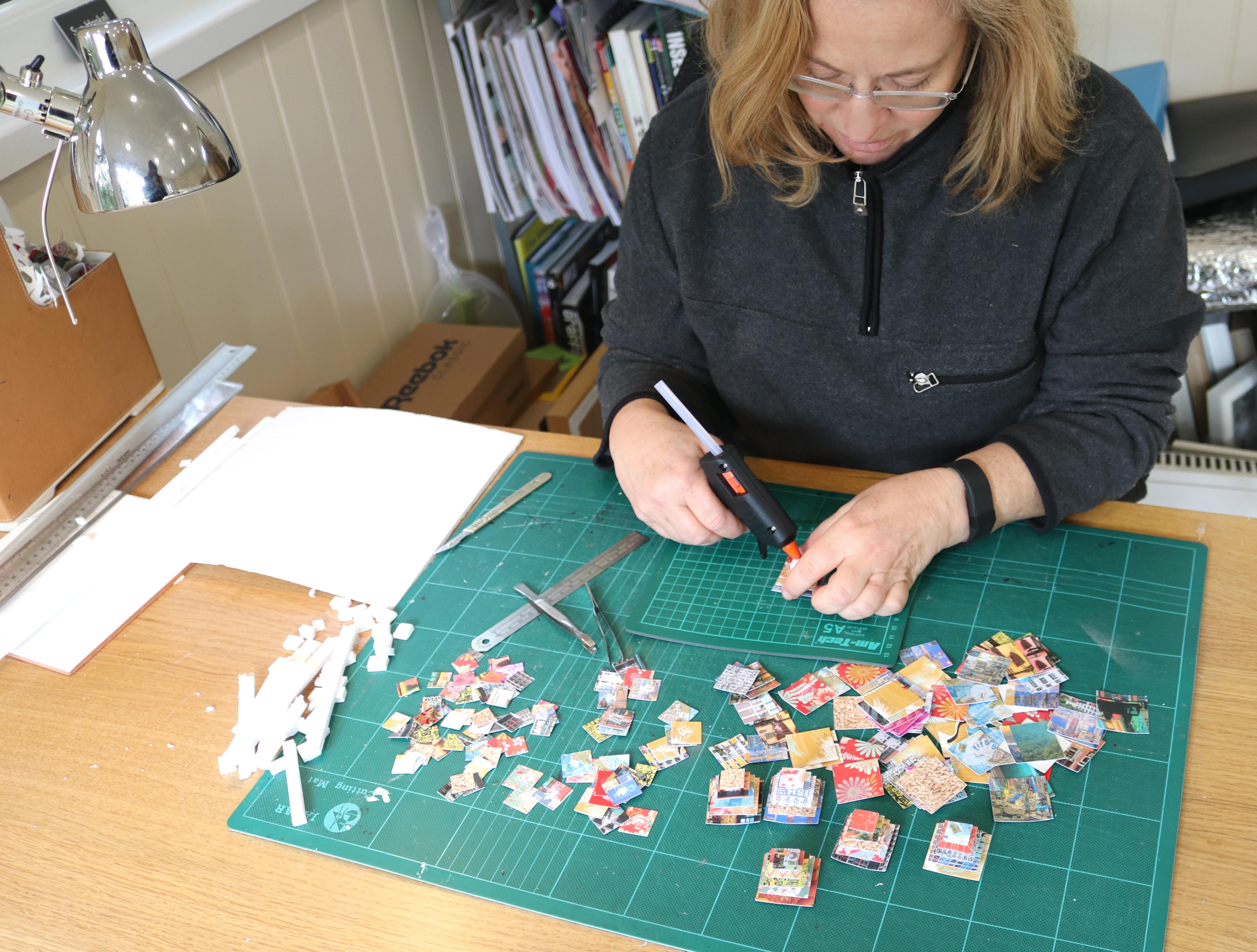 Sue Haskel at work 2 - courtesy of TAG Fine Arts